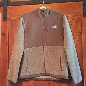 Women's Northface jacket size medium